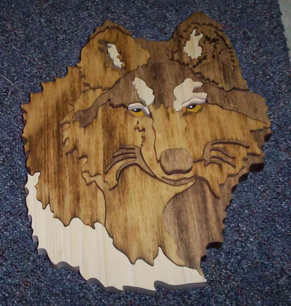 intarsia wolfhead